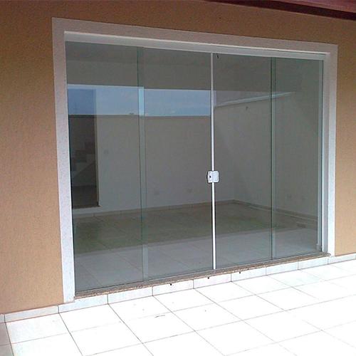 Uma boa empresa de porta de vidro é a SE Segurança