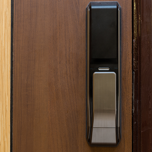 Viva com segurança, use fechadura eletrônica com biometria da SE Segurança