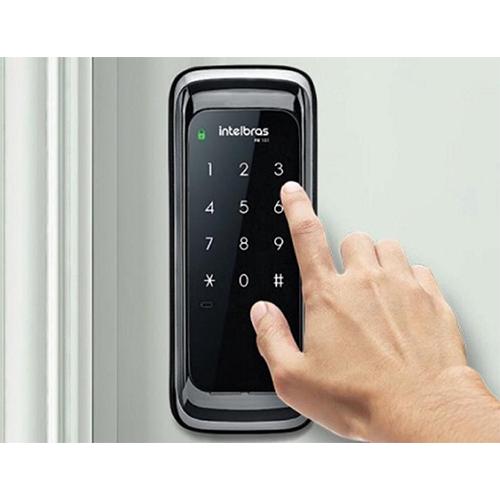 Controle acessos com fechadura eletrônica por senha é com a SE Segurança